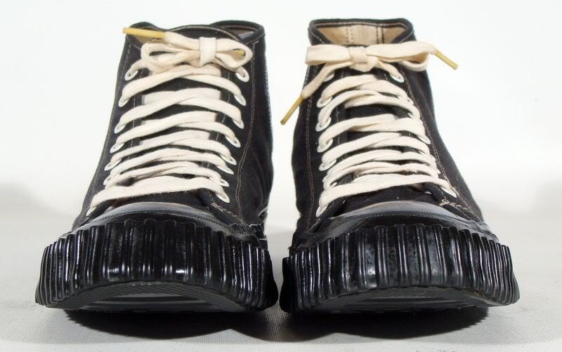 history of converse Did you know the converse chuck taylor is oldest basketball specific sneaker did you know that it is by far the most popular and best selling basketball sneaker of all time how about the fact .