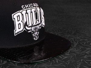 Leather-Hat-Sports-Doses-Chicago-Bulls-Snapback-Black-4_1024x1024[1]