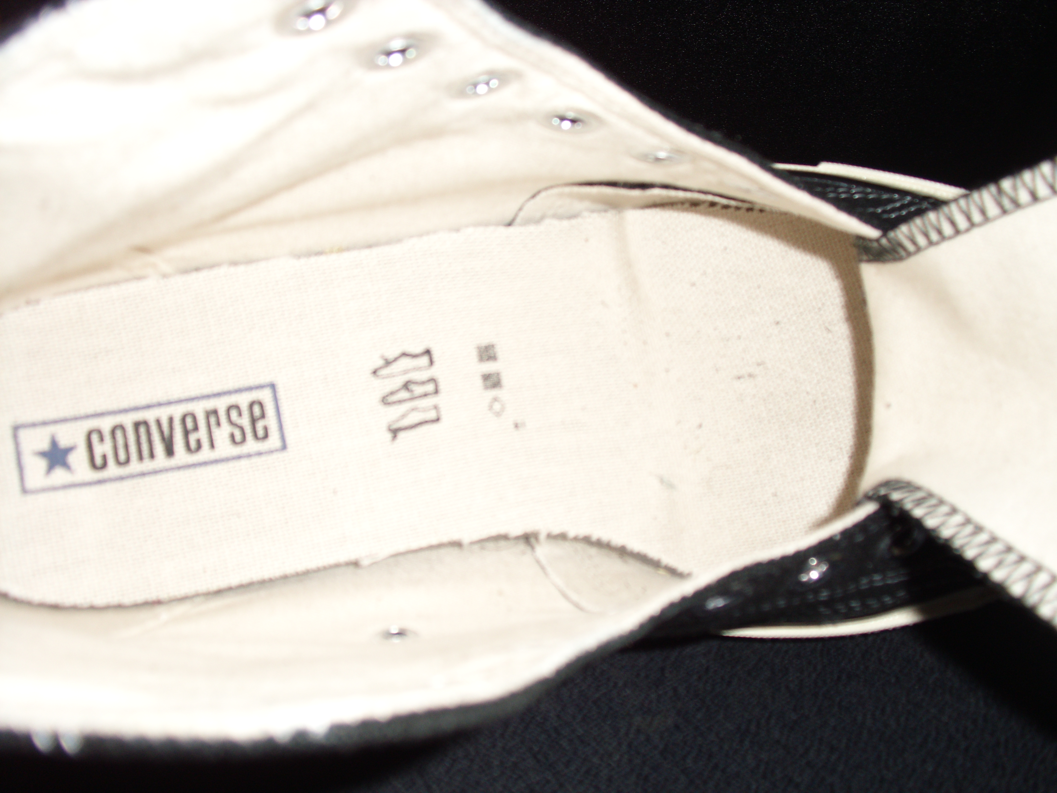 ad2502f1c93f3e Converse Chuck Taylor Hi 1970s reproduction – New vs Retro vs Old ...